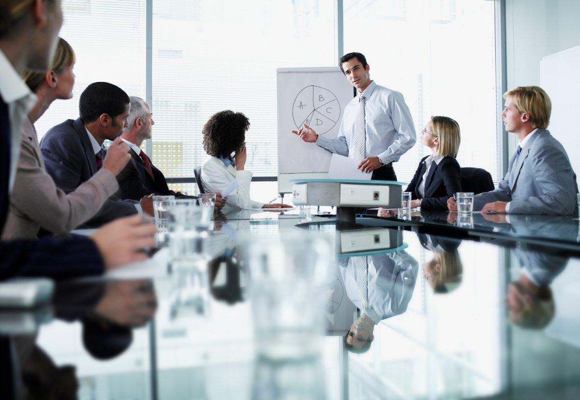 Воспрепятствование законной предпринимательской и иной деятельности