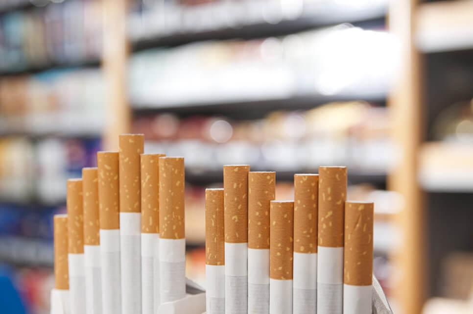 Предлагается ограничить продажу сигарет в павильонах