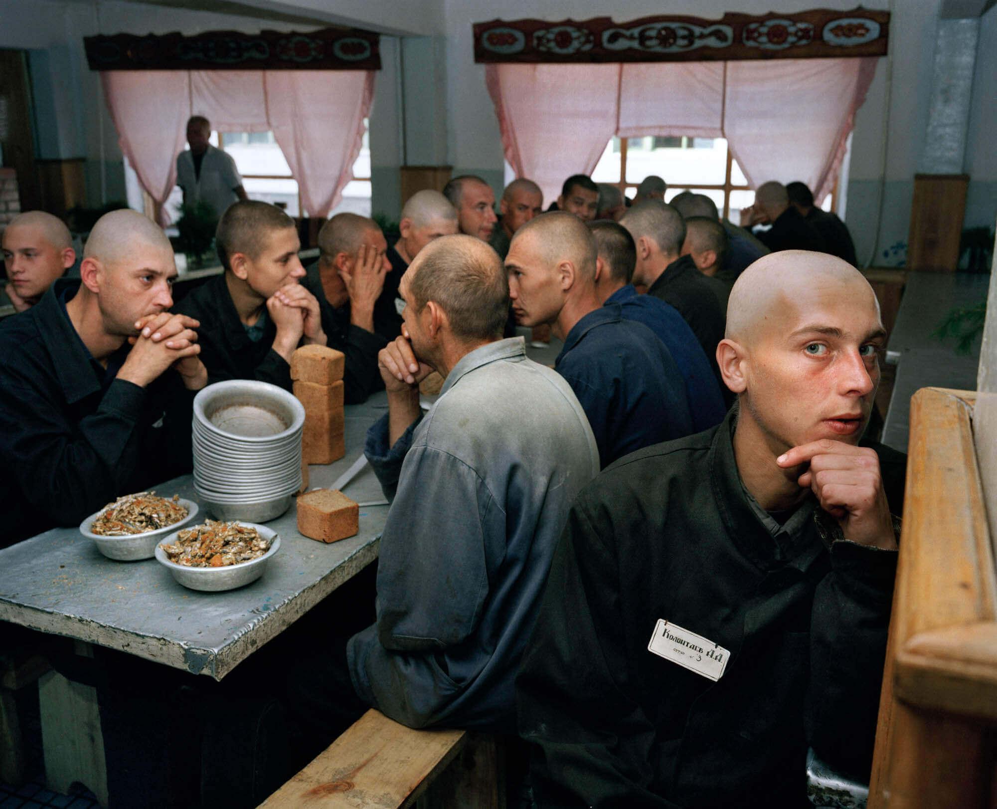 На питание заключенного в России тратиться 72 рубля в день в 2017 году