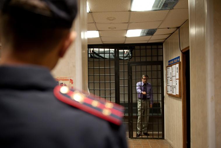 Адвокаты могут с телефонами заходить к обвиняемым в сизо, колонии и тюрьме