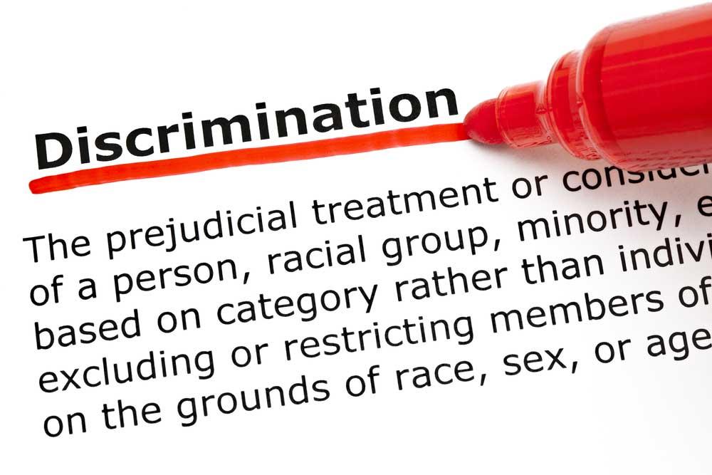 Отказ в работе из-за места проживания является дискриминацией